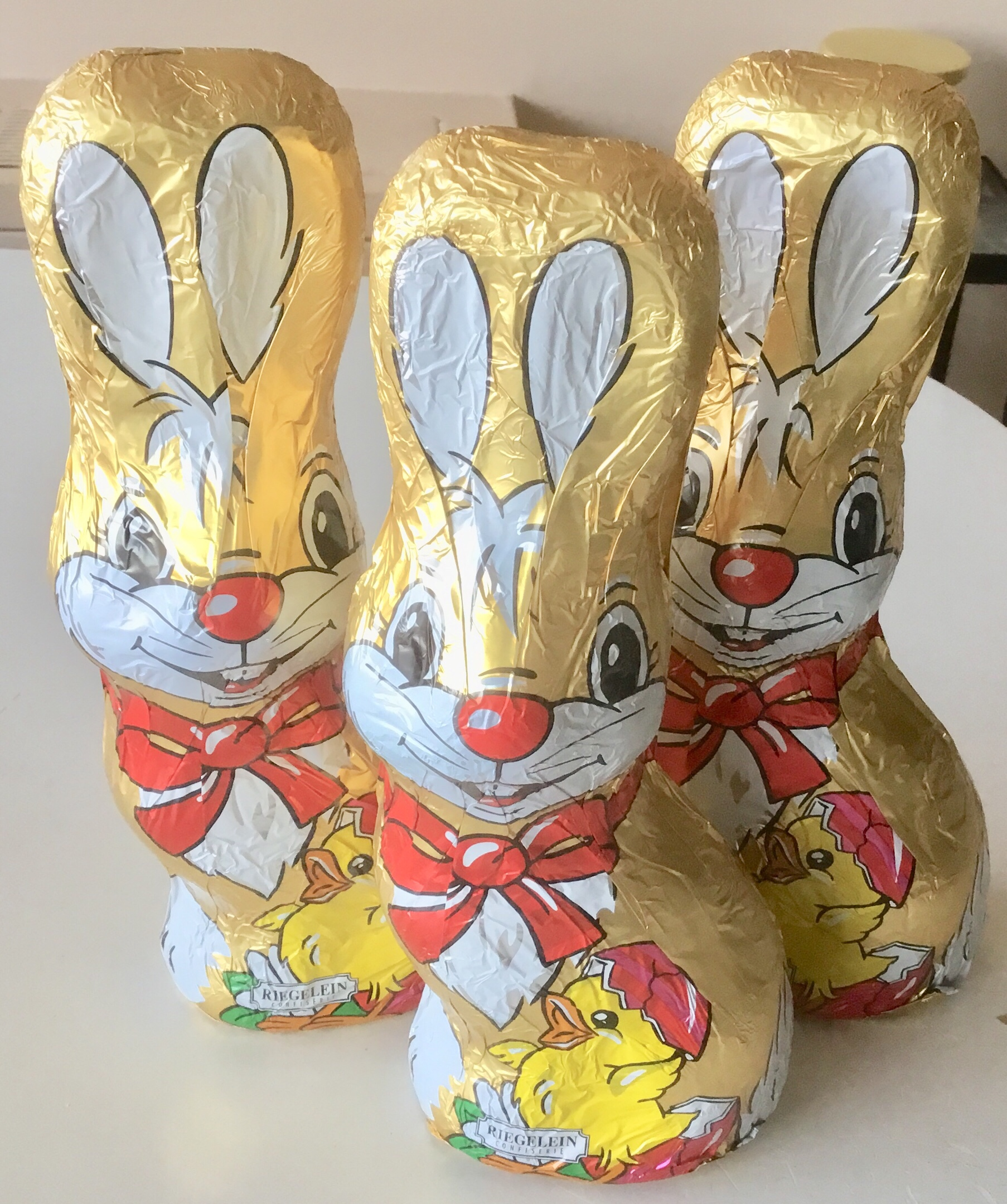 Lapin de Pâques is French for Easter Bunny
